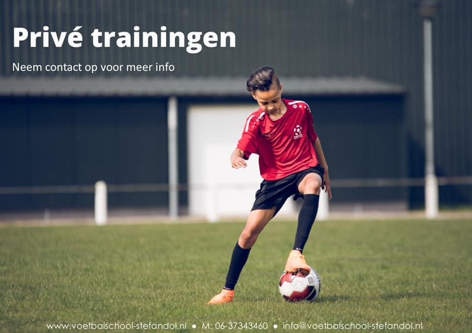 Vrijdag voetbalschool trainingen
